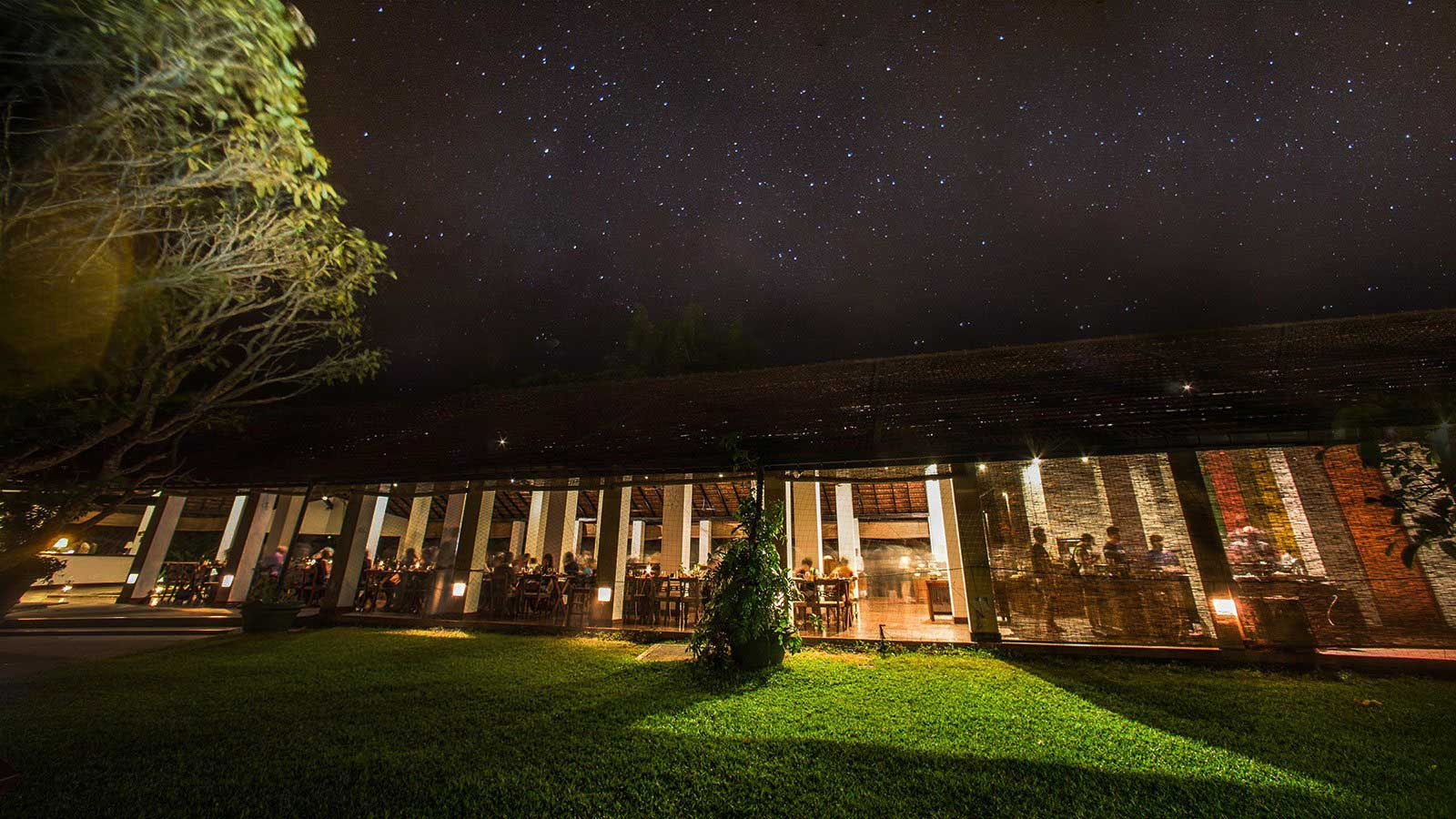 Fine Dining with a view at Sigiriya Village Hotel