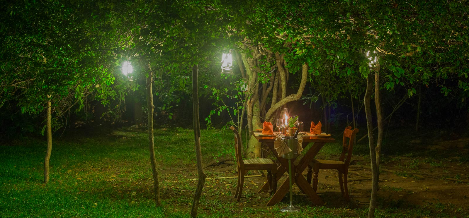 Best of Alfresco dining at Sigiriya Village Hotel