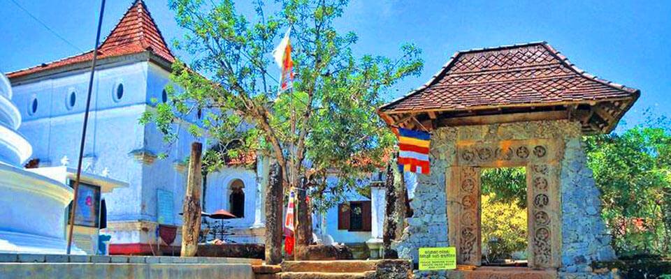 Galapatha Raja Maha Viharaya at Beruwala, Sri Lanka