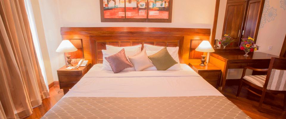Oceanfront bedroom suites