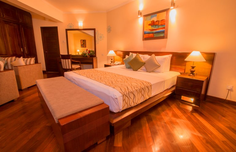 The Palms Hotel in Beruwala, Sri Lanka offers four Garden View Suite Rooms