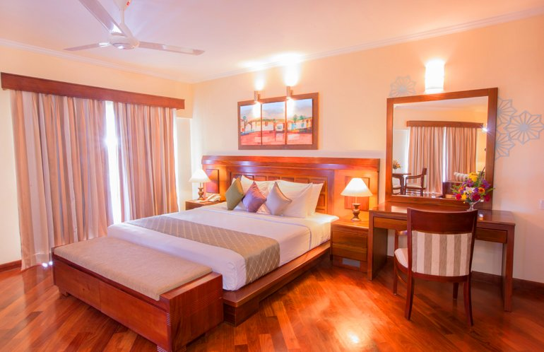 The Palms Hotel in Beruwala, Sri Lanka offers two Seaview Suite Rooms